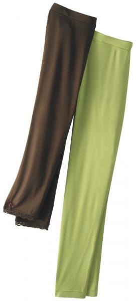 braue, wadenlange Legging mit Spitzenverzierung und grüne knöchellange legging