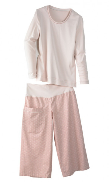 rosa kurze Schlafhose mit Tasche kombiniert mit Top