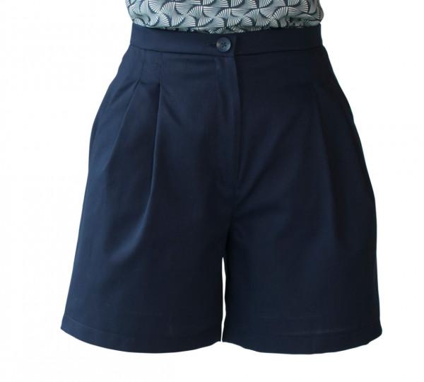 Kurze Hose aus blauem Baumwollstoff