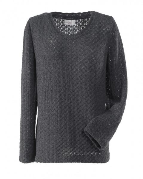 Frontansicht grauer, langärmeliger Pullover aus Ajourstrickstoff